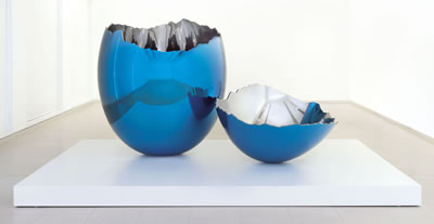 Jeff Koons-Cracked Egg (Blue)  (2)